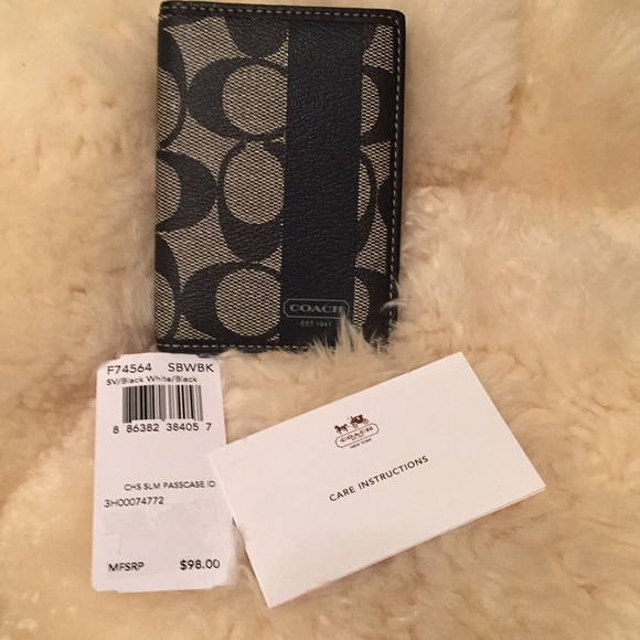 e03a73336462 New signature Coach slim wallet in leather